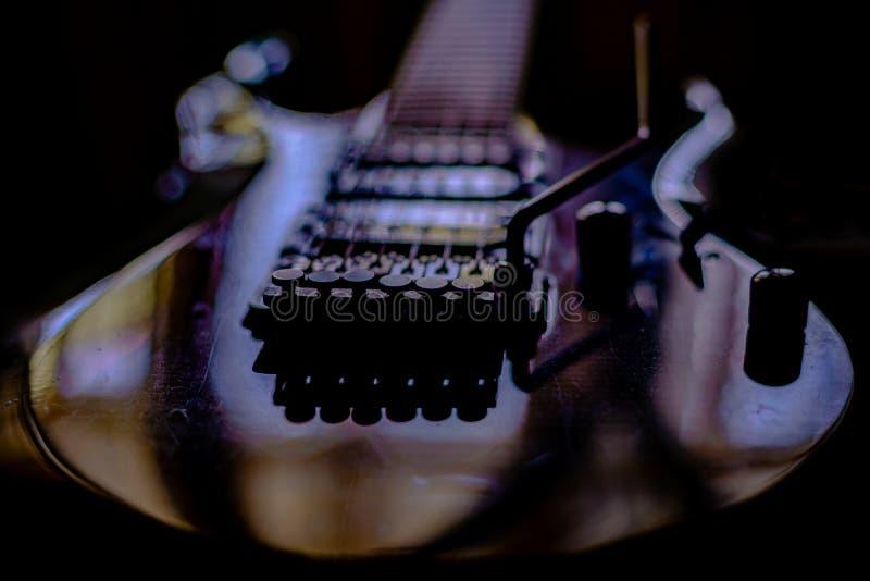 svart gitarr fotografering för bildbyråer