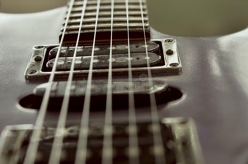 Svart gitarrstämmare Details för elkraft royaltyfria bilder