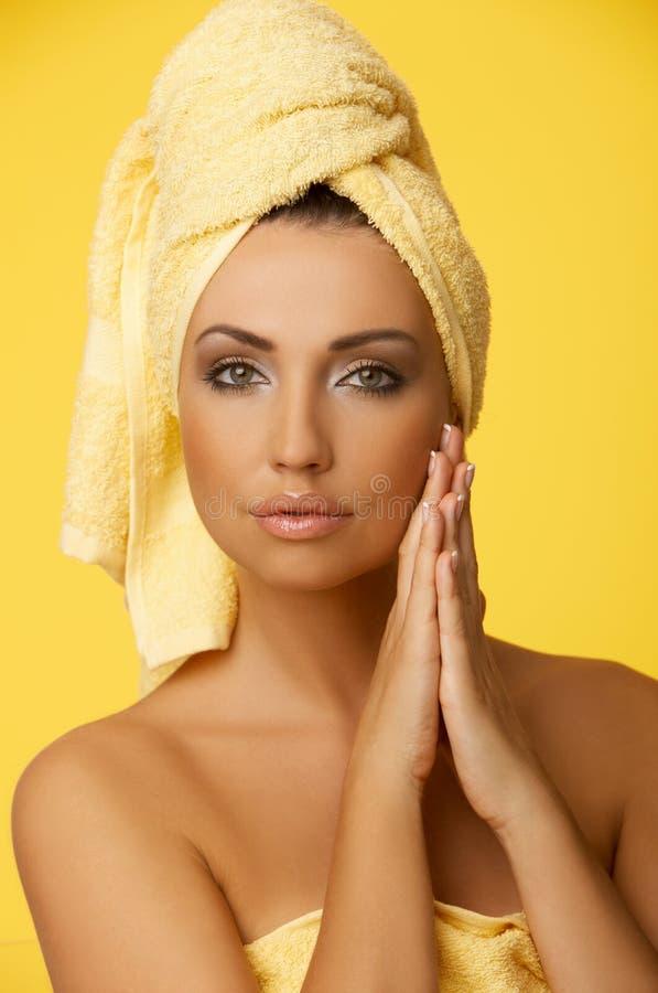 svart haired för skönhet royaltyfri foto
