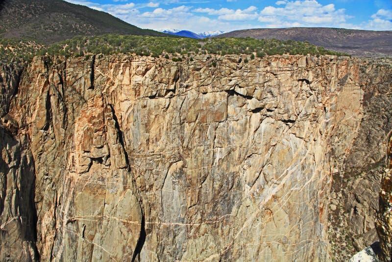 Svart kanjon av Gunnisonen på svalgsikten royaltyfria bilder