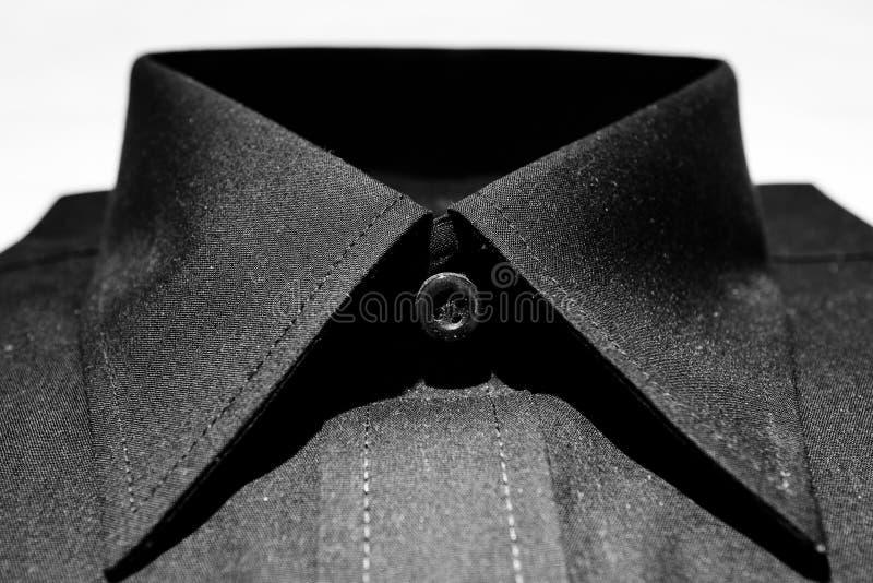 Svart krage för klänningskjorta royaltyfria bilder