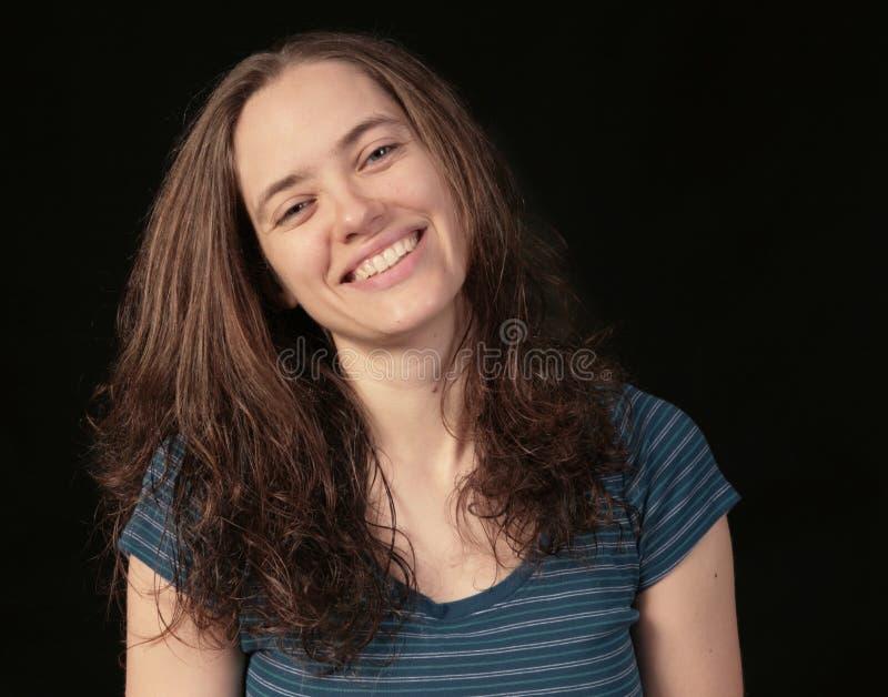 svart lycklig le kvinna för bakgrund royaltyfria foton