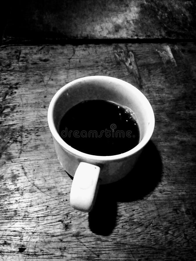 svart med arkivbilder