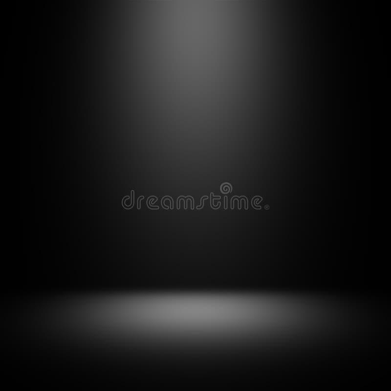 Svart studiobakgrund med strålkastaren arkivfoto