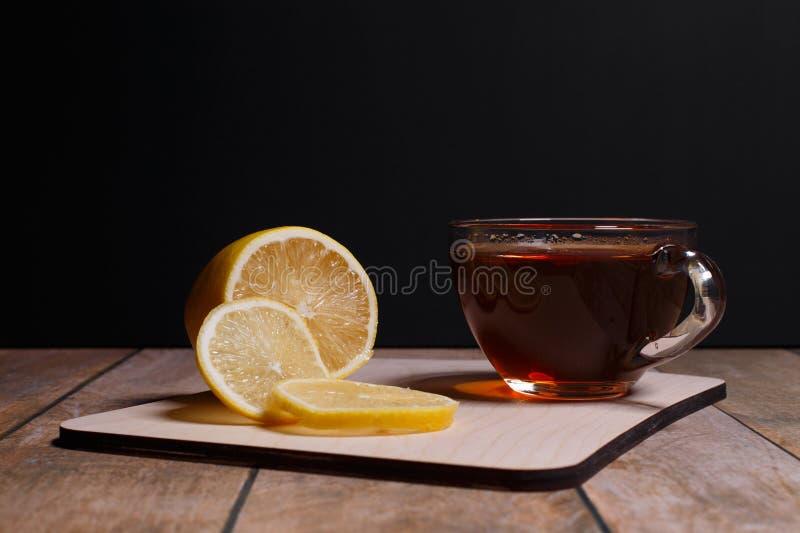 svart tea royaltyfri foto