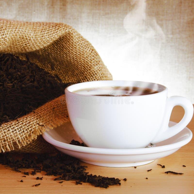 svart utmärkt tea arkivbild