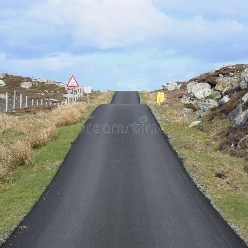 svart vägöverkant royaltyfria foton