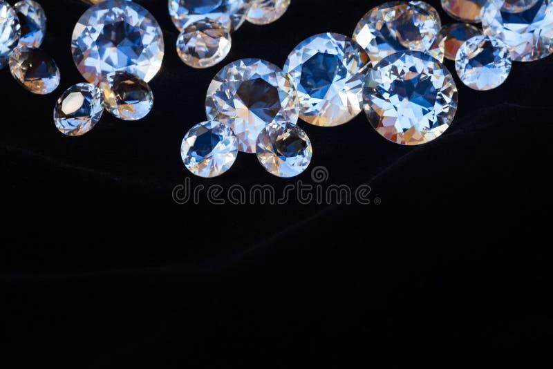 svarta diamanter som frambrings digitalt arkivbilder