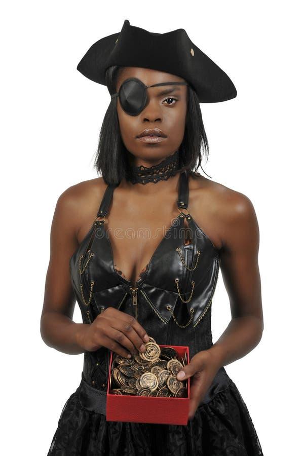Svarta kvinnan piratkopierar arkivfoton