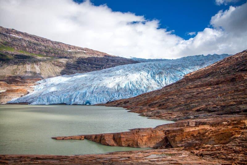 Svartisen lodowiec, Norwegia, Europa Svartisen lodowiec jest po drugie dużym lodowem w Norwegia zdjęcia stock