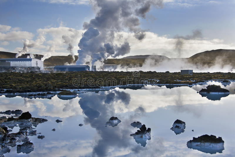 Svartsengi Geothermische Krachtcentrale - IJsland stock afbeelding