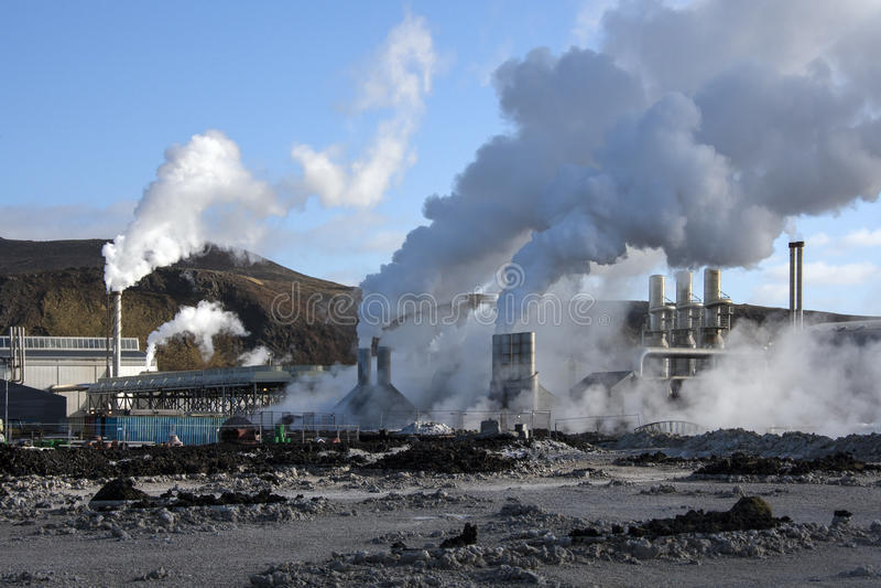 Svartsengi Geothermische Krachtcentrale - IJsland stock foto's
