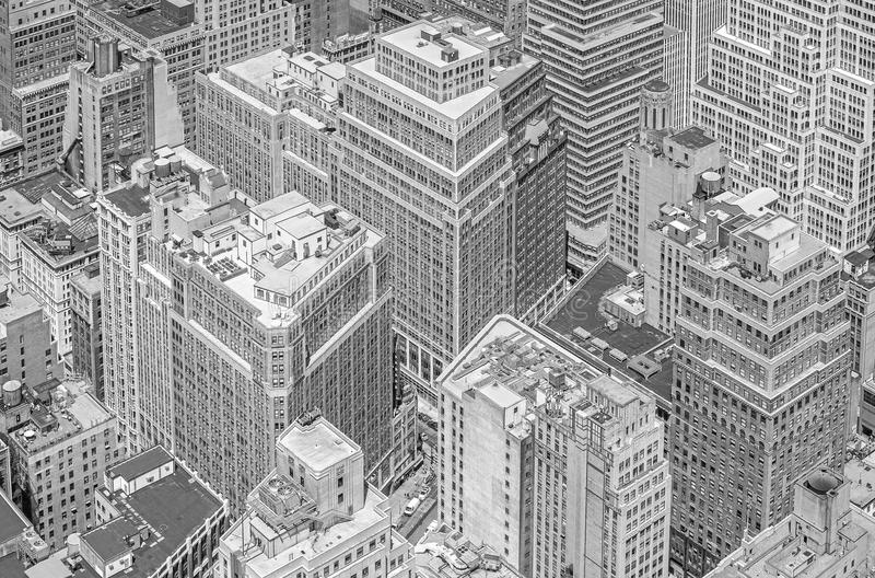 Svartvit bild av highrisebyggnader, Manhattan, NYC royaltyfri bild