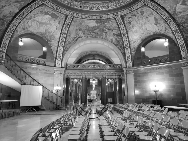 Svartvit bild, byggnad för Missouri statcapitol arkivfoto