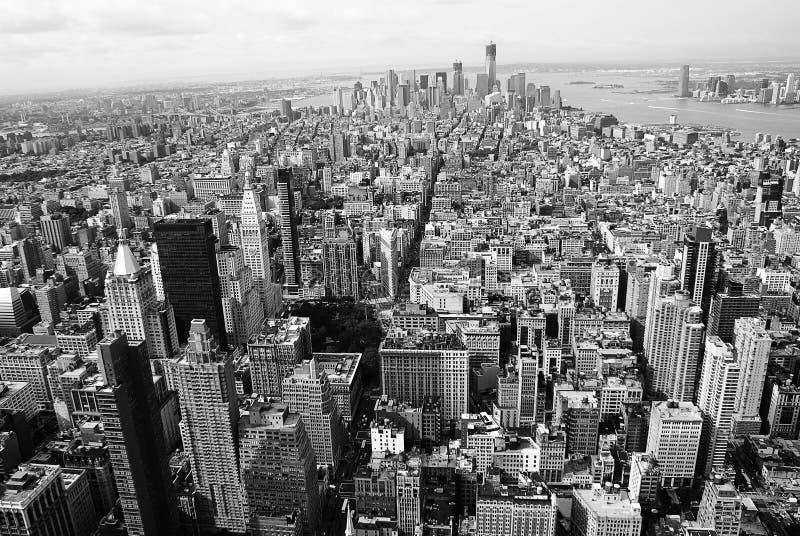 Svartvit New York City panorama stock illustrationer