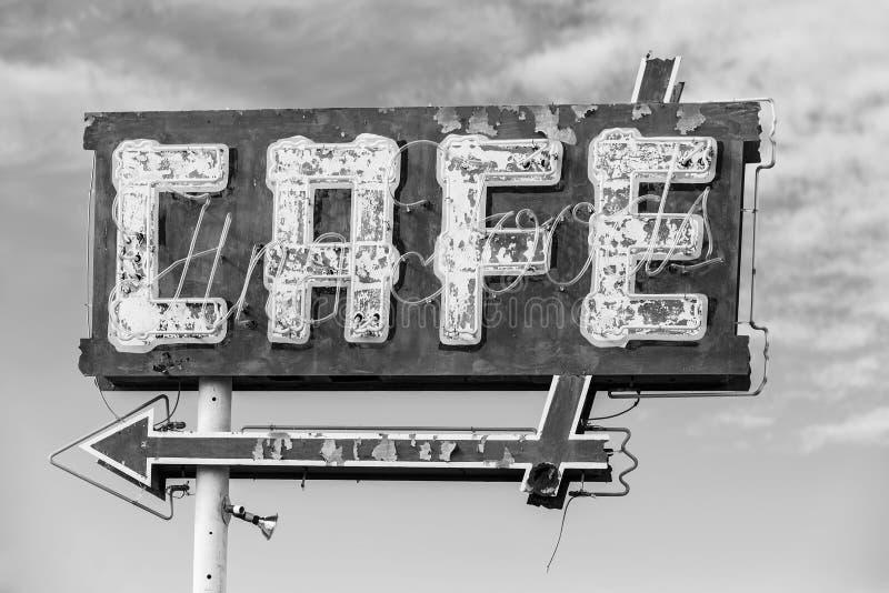 Svartvitt kafétecken arkivfoto