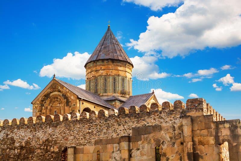 Svetitskhoveli ortodox domkyrka i Mtskheta, Georgia royaltyfri bild