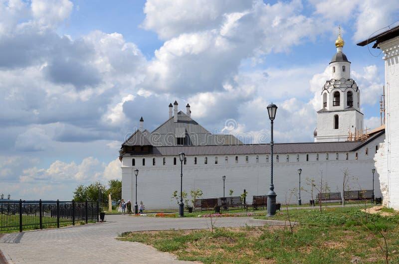 Svijazhsk Святой монастырь Dormition, взгляд лета стоковое изображение rf