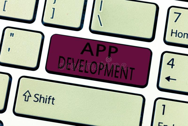 Sviluppo di App del testo di scrittura di parola Concetto di affari per i servizi di sviluppo per le esperienze impressionanti di immagine stock libera da diritti