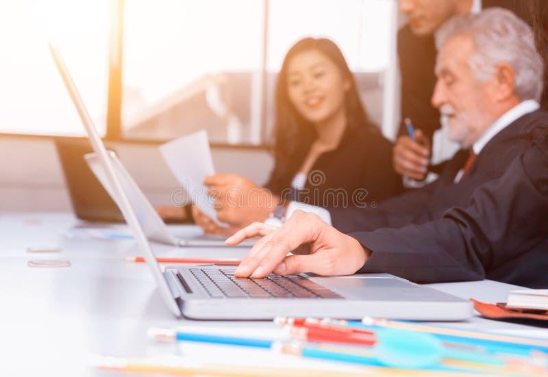 Sviluppo personale, preparare e corso di formazione per lavoro di squadra di affari immagini stock libere da diritti