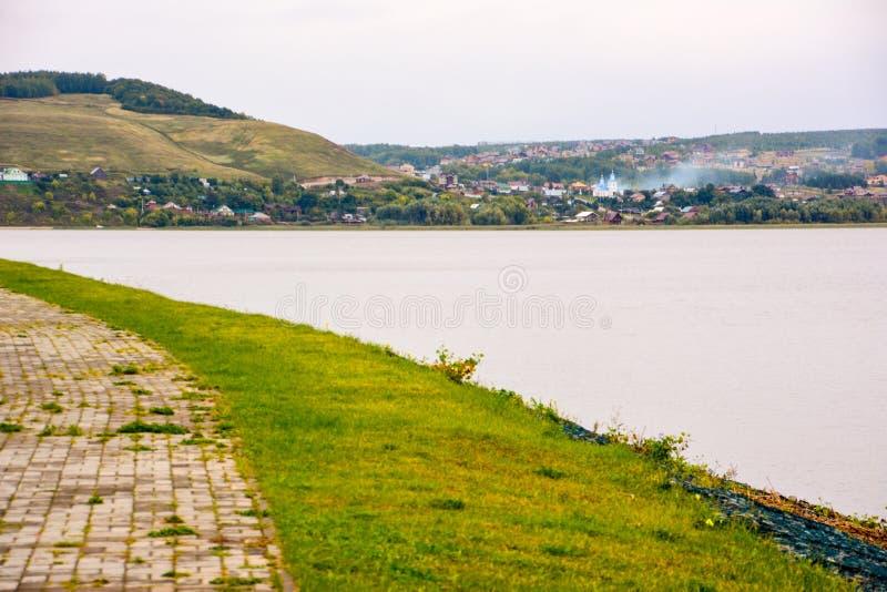 Sviyazhsk est une localité rurale dans la République du Tatarstan, Russie, située au confluent du Volga et du Sviyaga Ri photos libres de droits