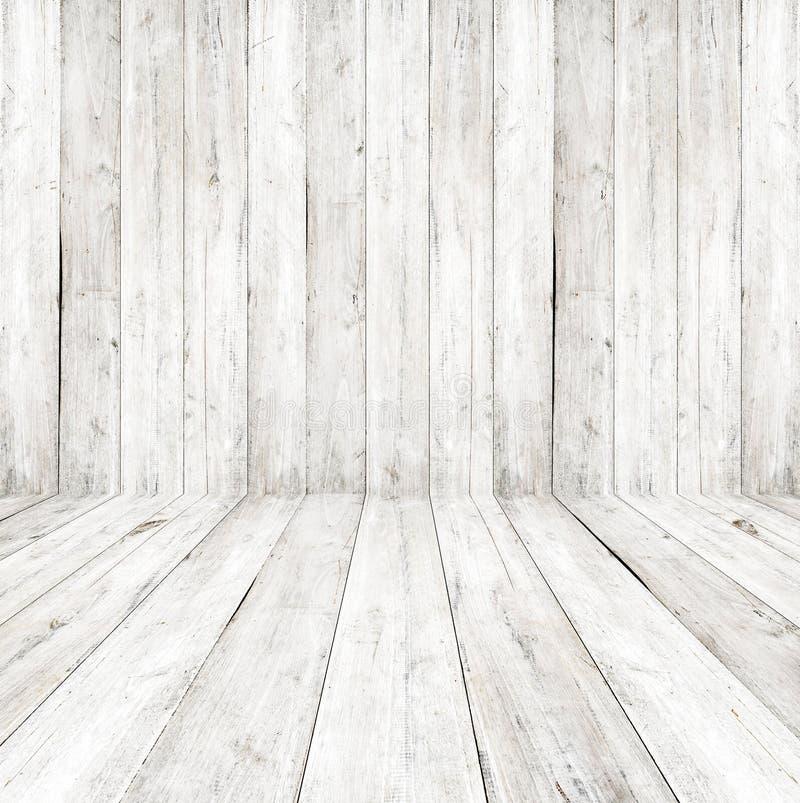 Svuoti un interno bianco di stanza d'annata - parete di legno grigia e vecchio pavimento di legno fotografia stock libera da diritti