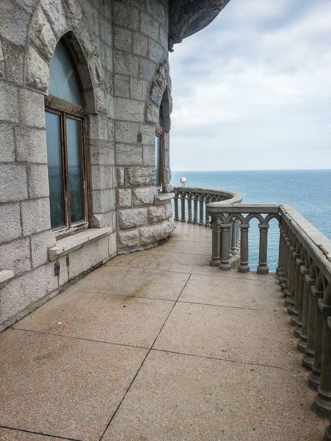 Swallow's nest - een architecturaal monument van het Schiereiland van de Krim royalty-vrije stock foto