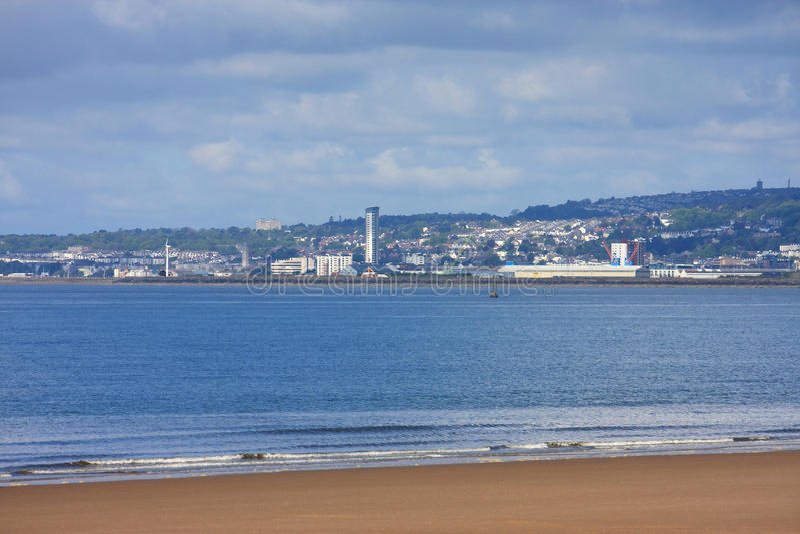 Download Baía de Swansea imagem de stock. Imagem de montes, baía - 29842309