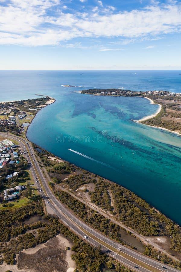 Swansea kanal - sjön Macquarie New South Wales Australien - Aer royaltyfria bilder