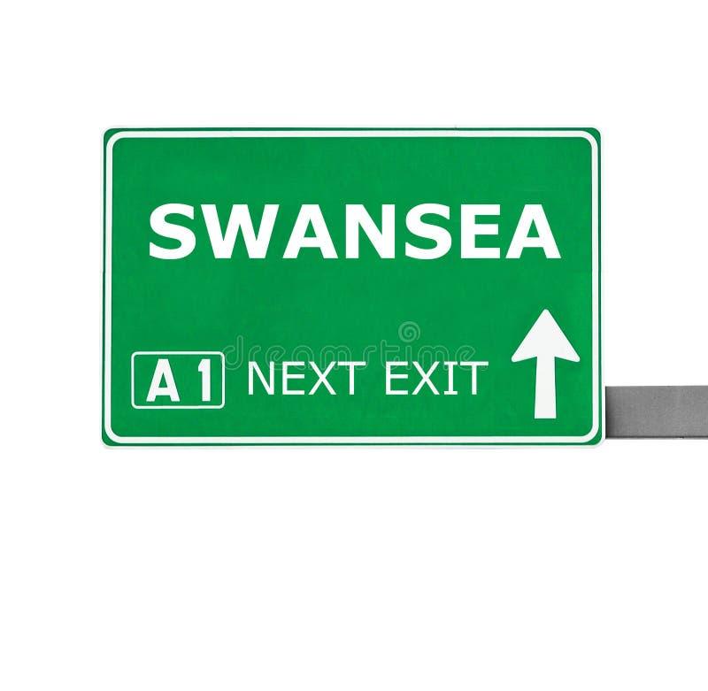 SWANSEA vägmärke som isoleras på vit arkivbilder