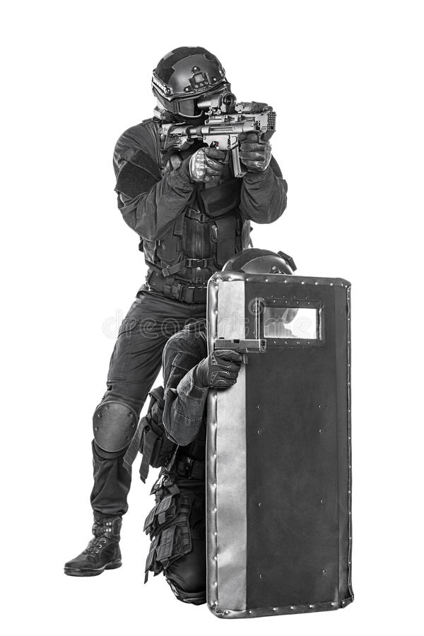 Free SWAT Officers With Ballistic Shield Royalty Free Stock Photos - 60780048