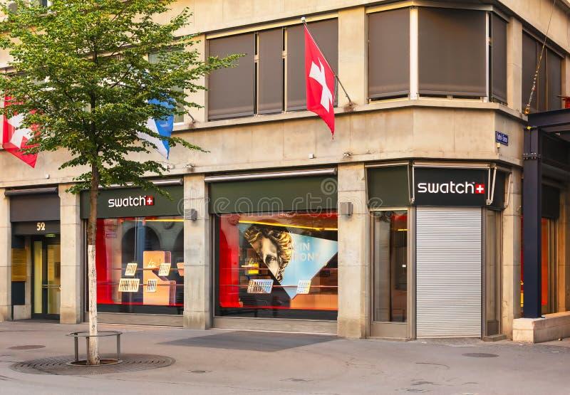 Swatch sklep na Bahnhofstrasse ulicie w Zurich, Szwajcaria fotografia royalty free