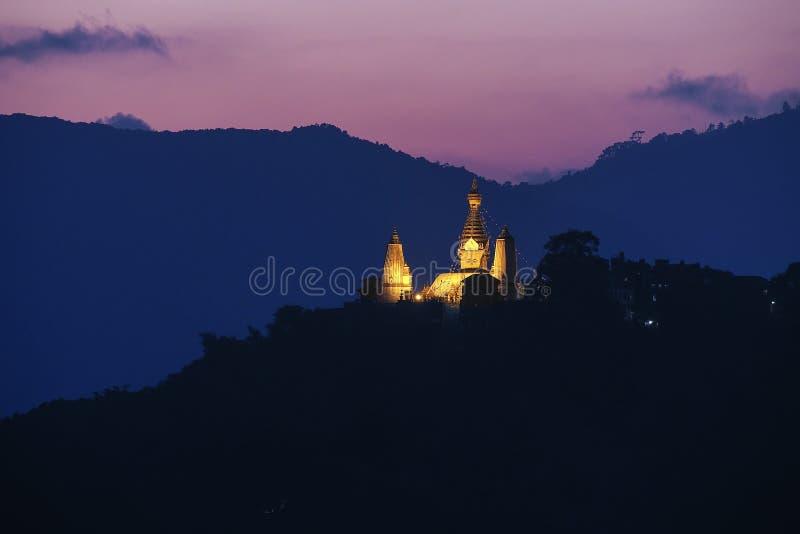 Swayambhunath auf Sonnenuntergang lizenzfreies stockbild