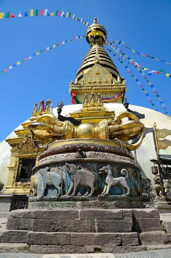 Download Swayambhunath Stupa stock afbeelding. Afbeelding bestaande uit monumenten - 29500481