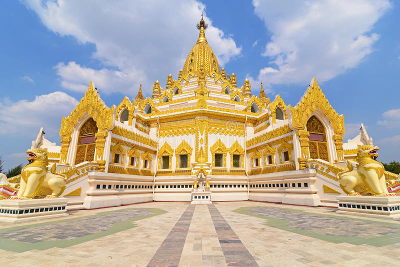 Swe Taw Myat在仰光,缅甸 库存照片