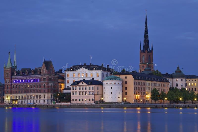 Sweden: Éstocolmo em a noite imagem de stock