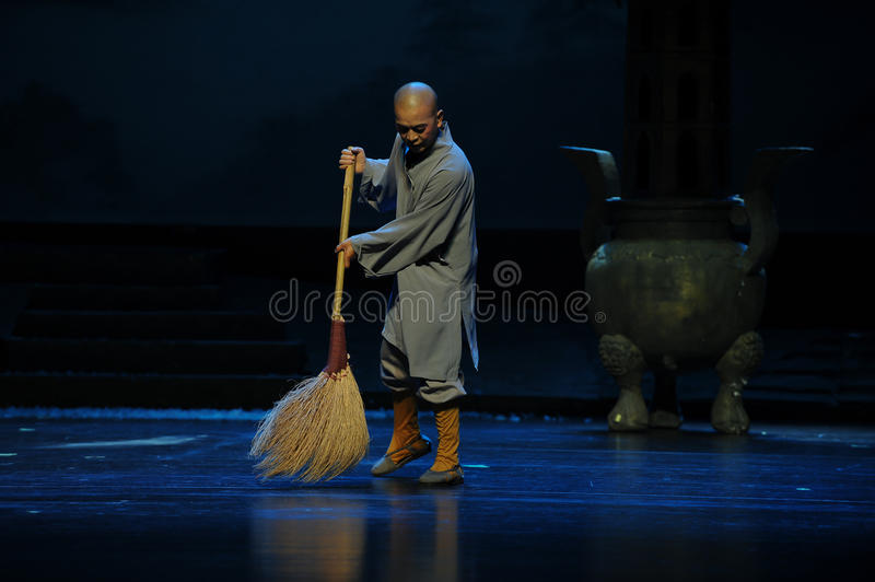 Sweep the floor a little monk- Jiangxi opera a steelyard. Jiangxi opera a steelyard is adapted from a true story: the last century fortys, the protagonists royalty free stock images