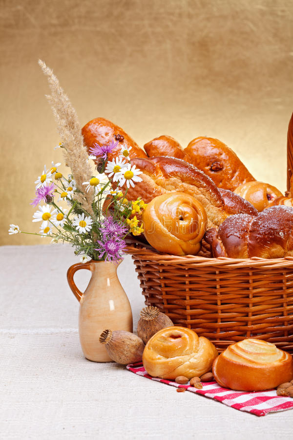 Download Sweet Bakery Products In Basket Stock Photo - Image: 27384156