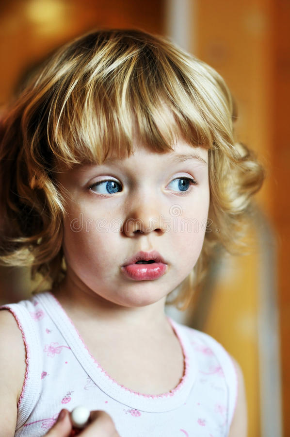 Free Sweet Little Girl Royalty Free Stock Images - 13271649