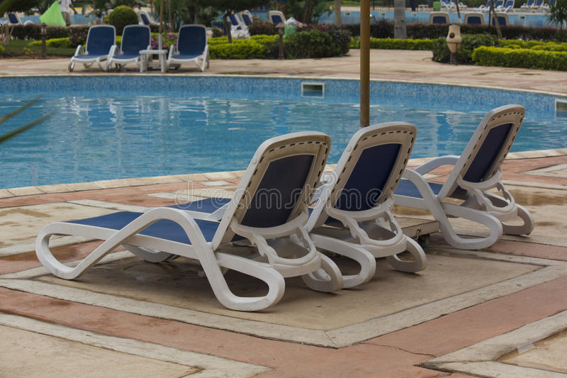Merveilleux Download Swimming Pool Lounge Chairs Stock Photo   Image Of Grand, Concept:  27923040