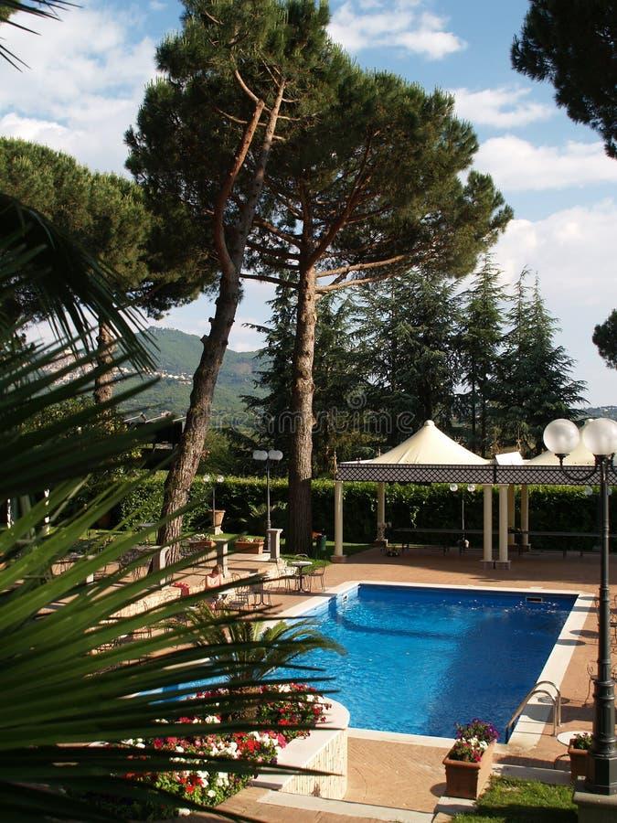 Free Swimming Pool Near Hotel Stock Photo - 1280440