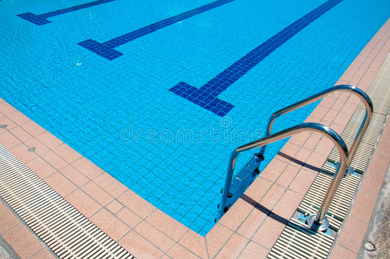 Download Swimming Pool With Stair At Sport Center Stock Image - Image: 32147669