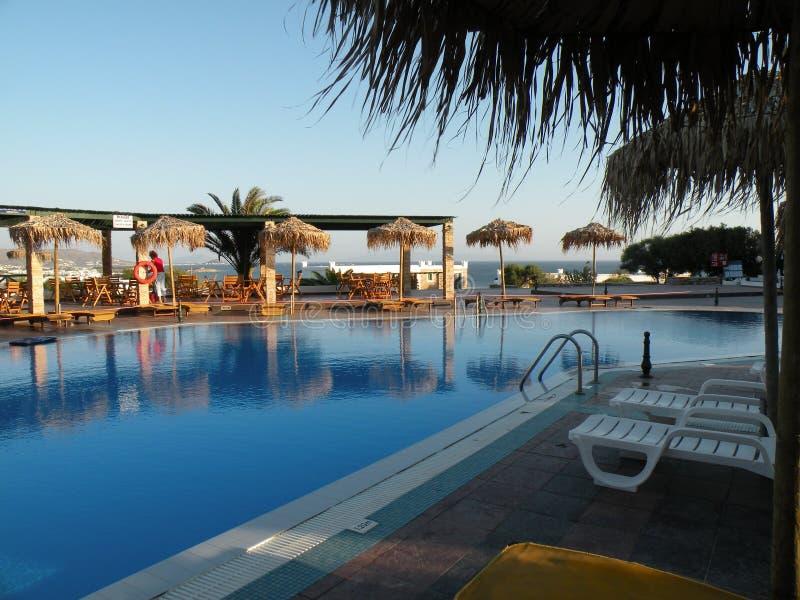 Download Swimmingpool stockfoto. Bild von übung, leben, sport, gefärbt - 9099902