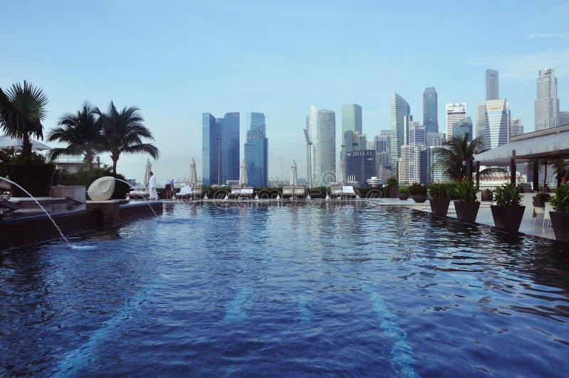 Swimmingpool von Mandarin Oriental stockbilder