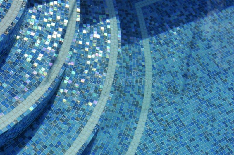 Swimmingpooljobsteps stockfoto