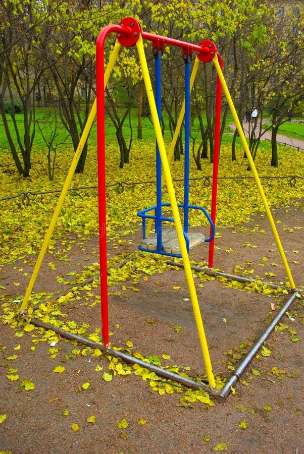 swing för barn s royaltyfria bilder