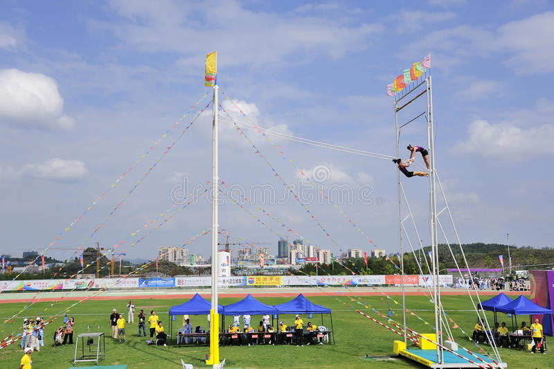 swing för lekmeetsportar royaltyfri bild