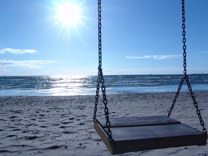 Download Swing plażowa obraz stock. Obraz złożonej z czas, morze - 127887