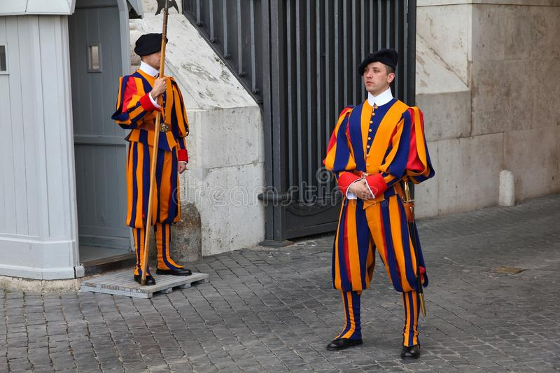 Swiss Guards in Vatican royalty free stock photos