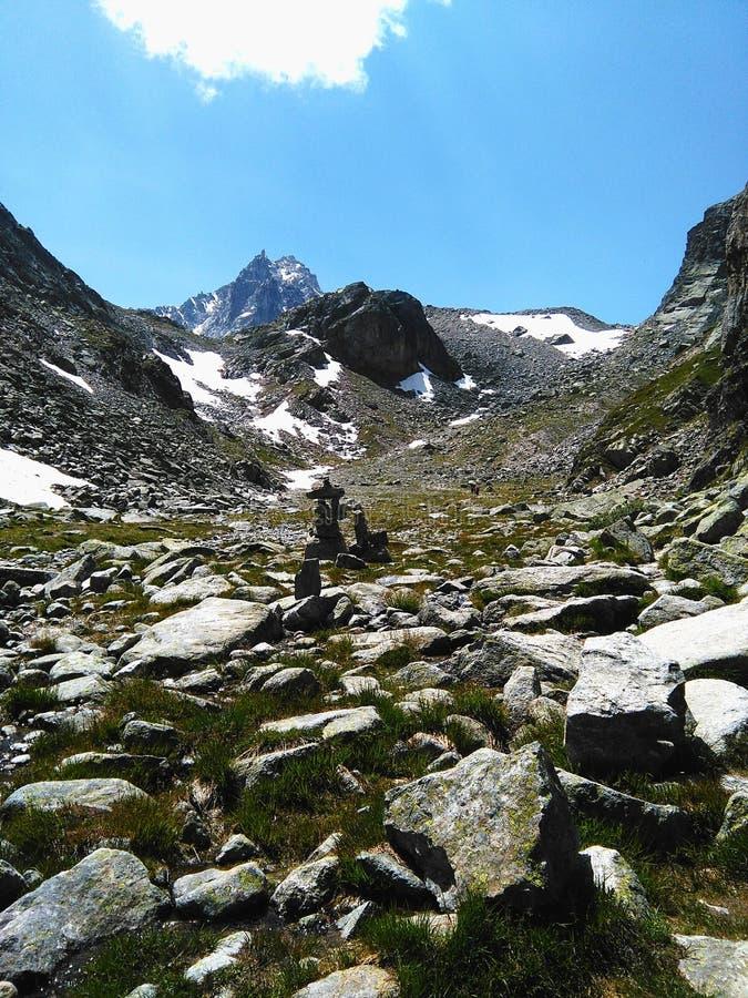 Switzerland& x27; гора s стоковые фотографии rf